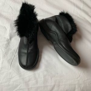 DKNY fur line, short black leather boots, size 5.5